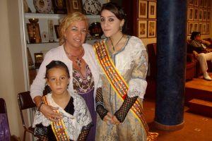 Con las reinas de la Fiesta