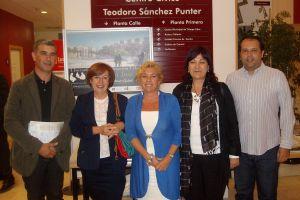 Con Juan Martín, representante de CHA y con Inmaculada y Oscar, vocales del PP en el Distrito de San José.